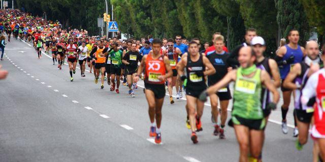 foto carrera solidaria huerfanos reale running