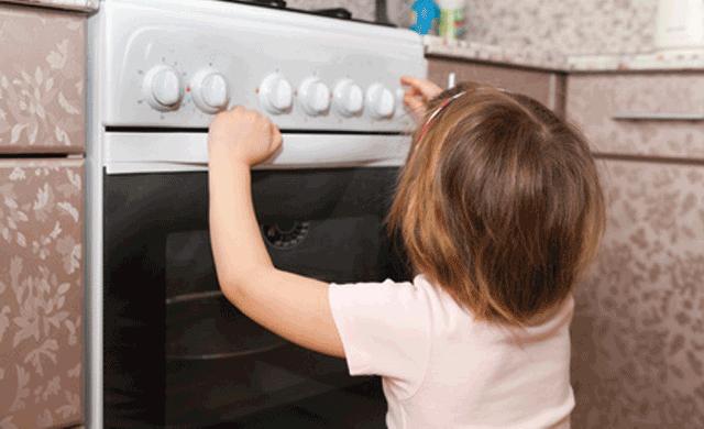 encendiendo el horno de casa