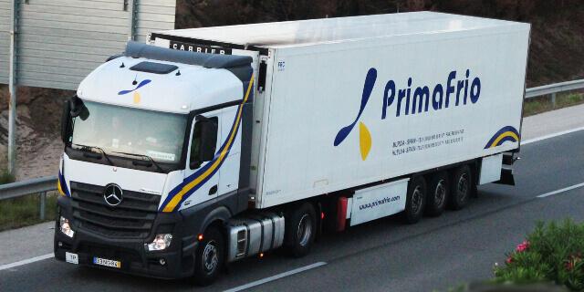 El sector transporte y el de la logística, en auge con la creación de nuevas compañías (imagen: camión circulando)