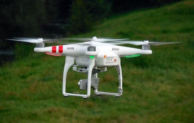 DRONES UTILIZADOS EN AGRICULTURA DE PRECISION Y GANADERIA