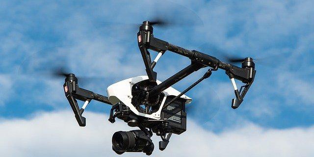 cada vez más compañías lanzan seguros para drones como este