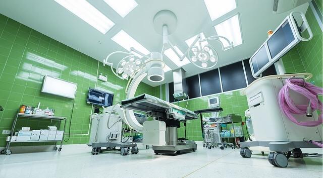 Las hemorroides 'con' cirugía estética, uno de los fraudes más destacados.