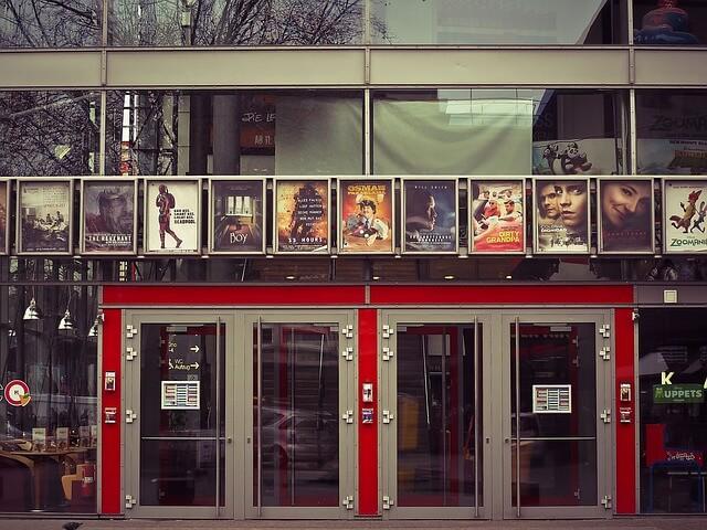 La industria del cine mueve millones de personas en todo el mundo.