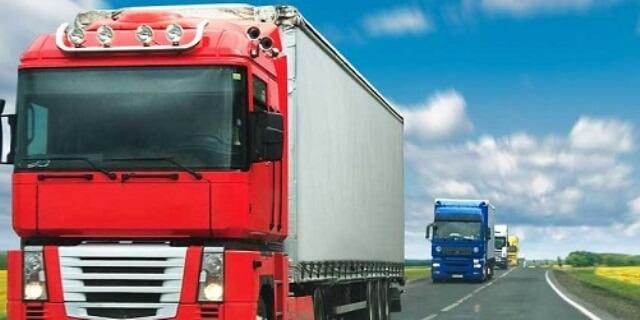 camiones circulando (foto:FENADISMER)