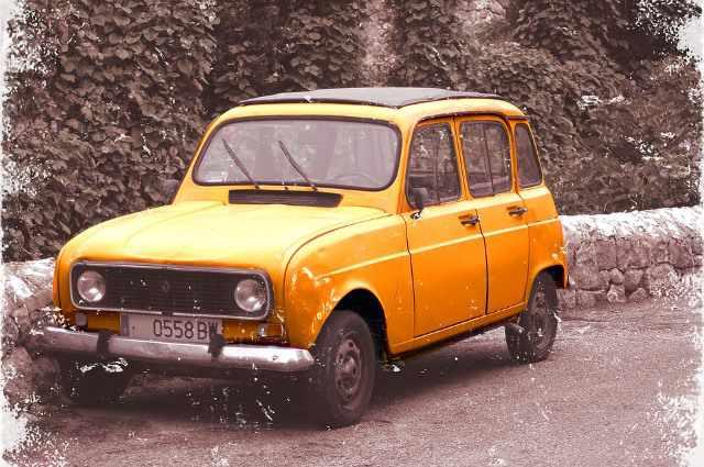 Renault 4L del año 1964
