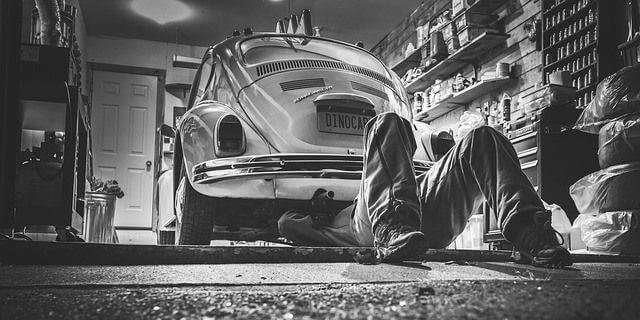 Reparar seguro un vehículo antiguo