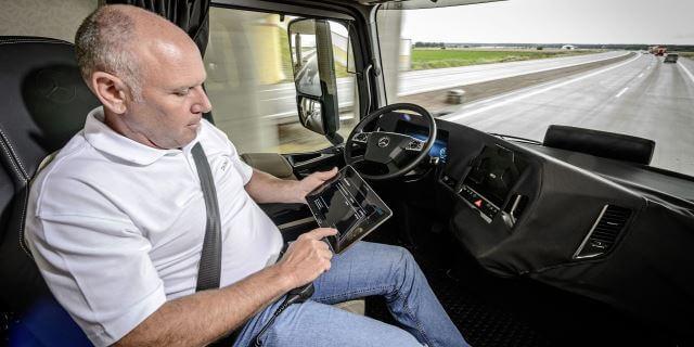 Conductor profesional de camiones. Uno de los millones que podría acabar en el paro