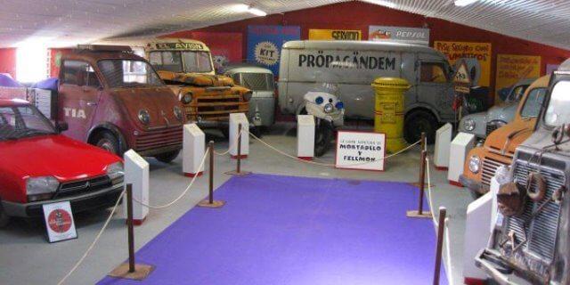 Otro de los museos de coche clásicos es el del cine en Yuncos, en la provincia de Toledo.