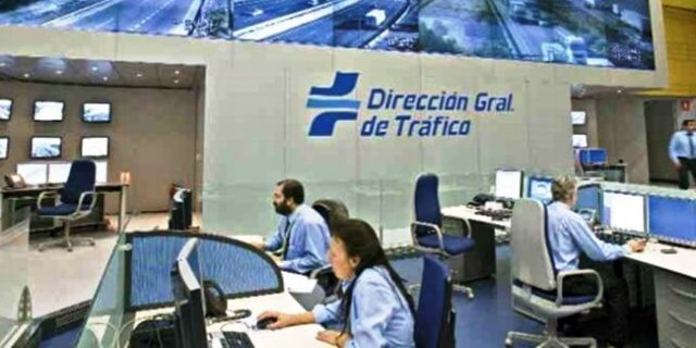 Oficina de Tráfico (DGT). Lugar al que acudir para sacarte el carnet de conducir internacional
