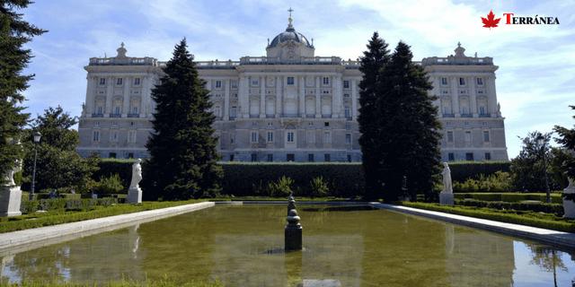 Palacio Real de Madrid en tus rutas por Madrid