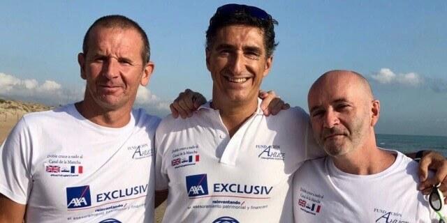 Nadadores de AXA Exclusiv que cruzarán el Canal de la Mancha por la osteogénesis imperfecta