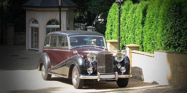 En los museos de coches clásicos podrás contemplar maravillas como estas.
