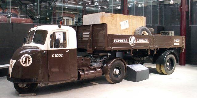 Scammell Scarab expuesto en un museo.
