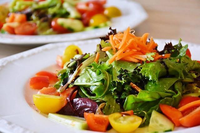 La ensalada siempre será beneficiosa para una dieta sana.