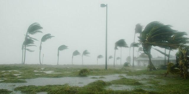 Huracán Dennis, en Florida