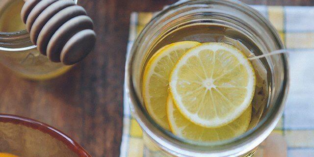Zumo de limón para prevenir la gripe.