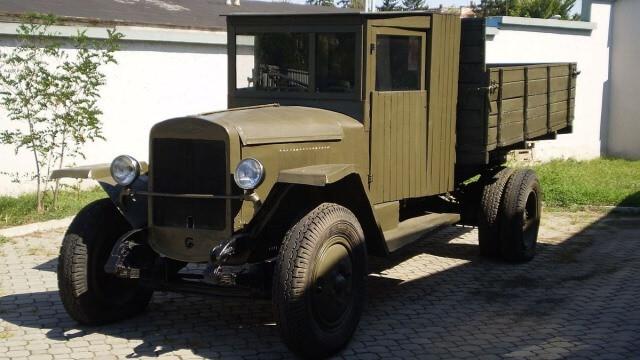 El ZIS-5 fue uno de los camiones de guerra más importantes de la Unión Soviética.
