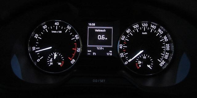 Cuentakilómetros de un coche.