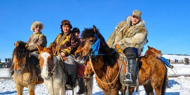 """Resultat d'imatges per a """"mas cavallos que personas en mongolia"""""""