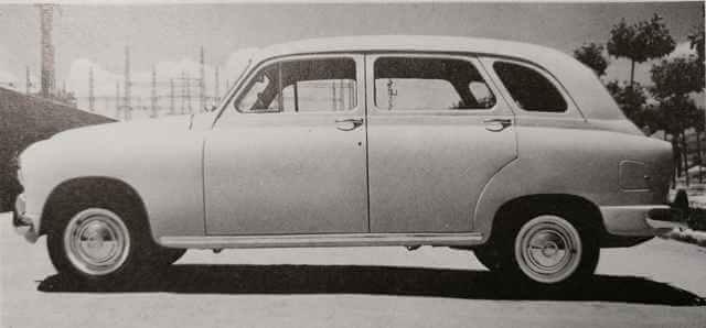 SEAT 1400 A en una versión alargada.