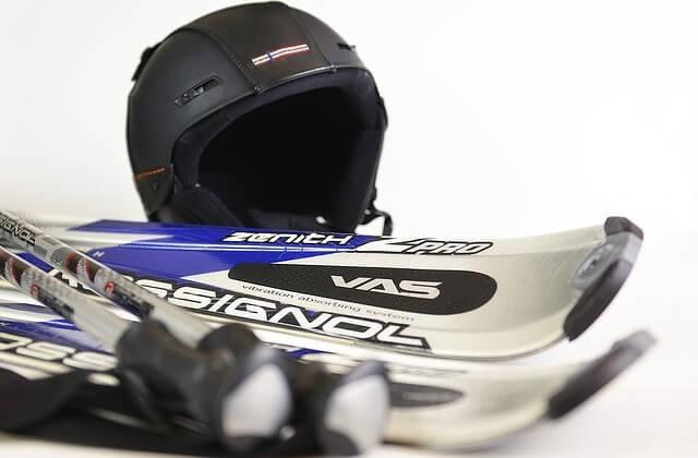 equipo necesario para aprender a esquiar