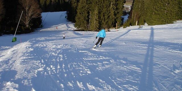 mirar hacia donde vas esquiando es clave