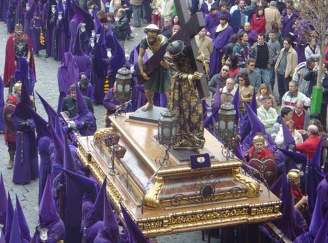 Procesión de la Semana Santa de Cuenta (Foto: Ayuntamiento de Cuenca).