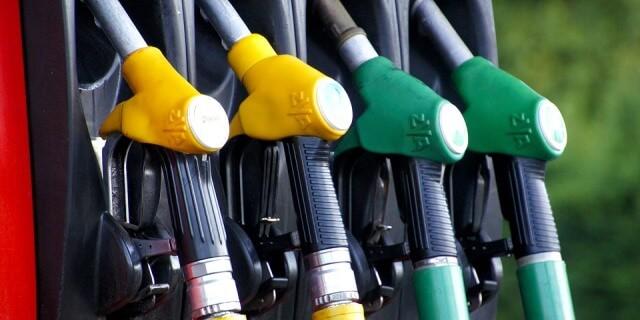 Las gasolineras baratas las contemplamos en distintos puntos de España.