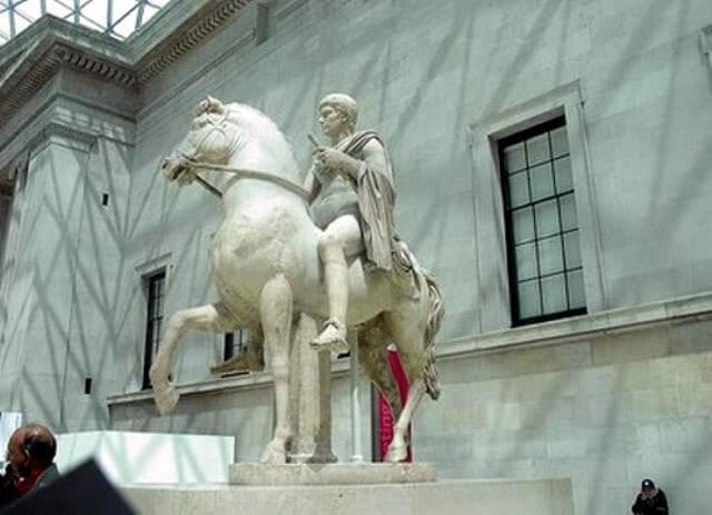 Incitatus el caballo de Caligula