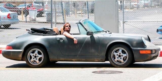 Porsche 911 descapotable que conduce Duchovny como Hank Moody en la serie Californication