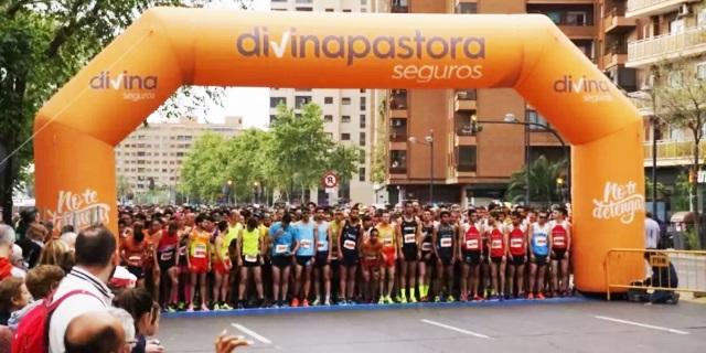 imagen de los corredores a la salida del circuito divina pastora de Valencia