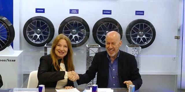 RACE alcanza un acuerdo con la Asociación Madrileña de Mujeres Directivas y Empresarias - FIRMA DEL ACUERDO