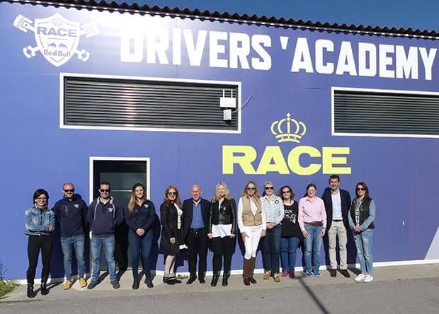 RACE alcanza un acuerdo con la Asociación Madrileña de Mujeres Directivas y Empresarias