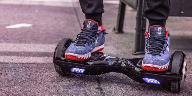 Los hoverboard también son patinetes eléctricos