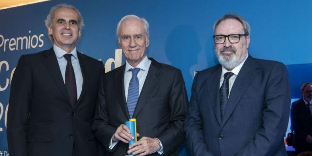 ASISA recibiendo el Premio ConSalud 2018
