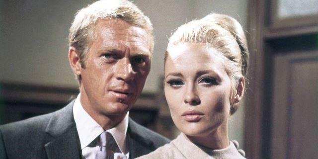 Steve McQueen como el millonario Thomas Crown y Faye Dunaway como Vicki Anderson