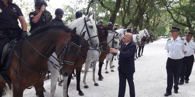 Galicia con unidades de caballería contra los incendios forestales