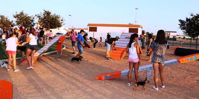 El nuevo parque canino en Villanueva de la Serena (Foto: Ayuntamiento de Villanueva).