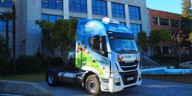 El año pasado los camiones españoles como este IVECO transportaron 1,41 millones de toneladas