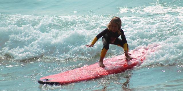 Actividades acuáticas para niños en verano