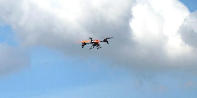 DRONES VOLANDO POR ESPACIO EUROPEO