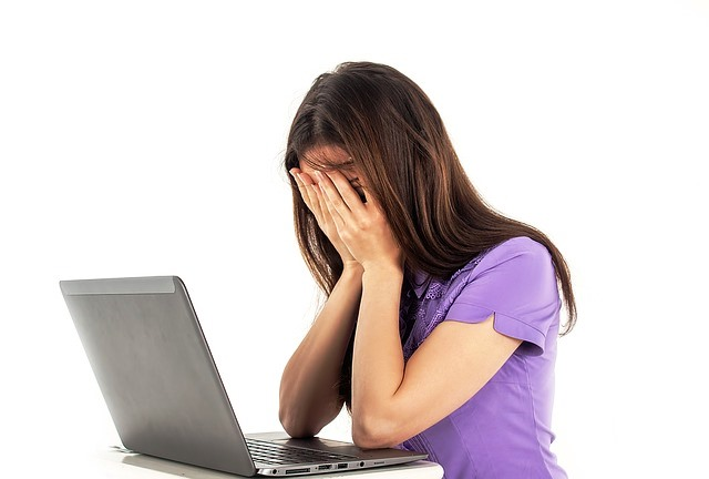La fatiga o depresión son consecuencias del síndrome de Gilbert.