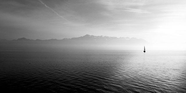Navegar en invierno es una actividad placentera.