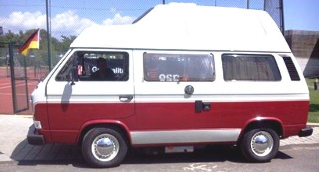 antigua autocaravana de segunda mano con carrocería tocada