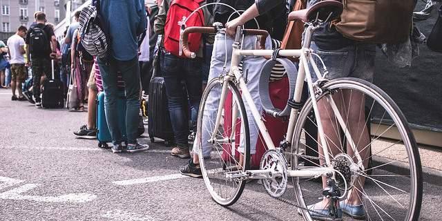 Bicicleta en una ciudad.
