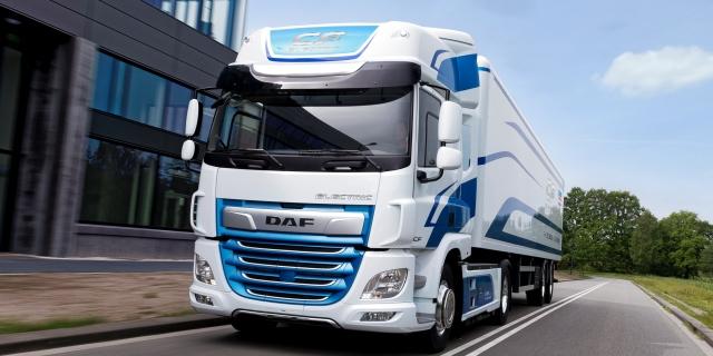 El gobierno podrá aplicar peajes obligatorios a los camiones pesados