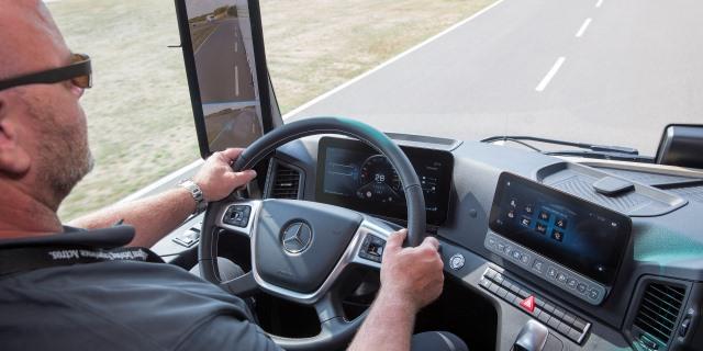 El Senado vuelve a la carga con la mejora de las condiciones laborales de los conductores profesionales
