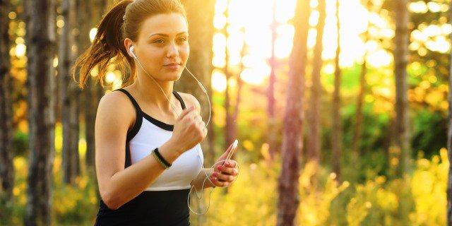 Realizar ejercicio es fundamental para evitar el sobrepeso.