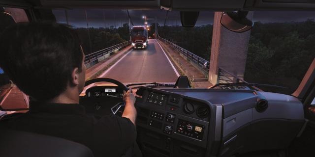 Desciende el desempleo entre los conductores profesionales de camiones