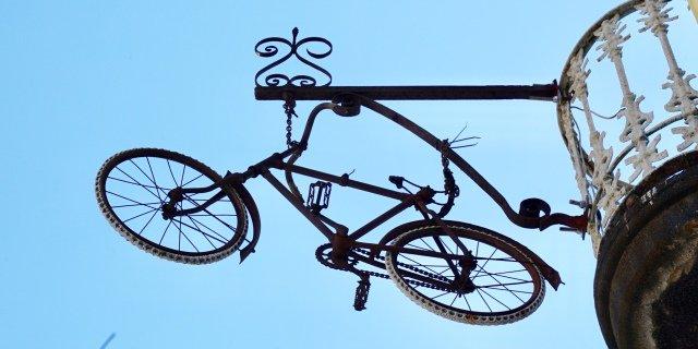 Bicicleta de adorno en Barcelona